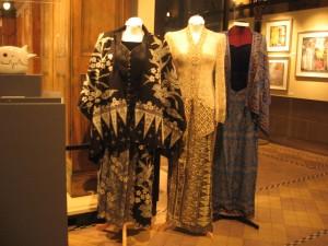 3 traditional kebaya & sarong