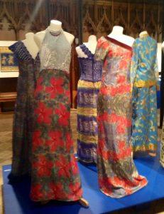 Batik-dresses-hibiscus-Tulips-800