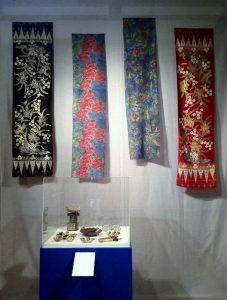 Batik-shawls-cantings-800